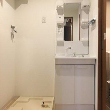 水まわりです 洗濯機置き場あり!