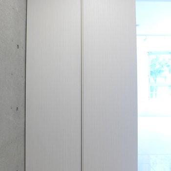 クローゼットは玄関に※写真は前回募集時のものです