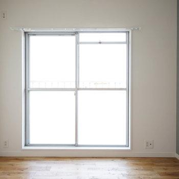 寝室にはアクセントクロスを※写真はイメージです