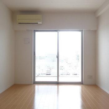 これだけの広さがあれば十分かな。※写真は13階の同間取り別部屋のものです