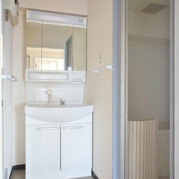 こんな空間、綺麗な洗面台