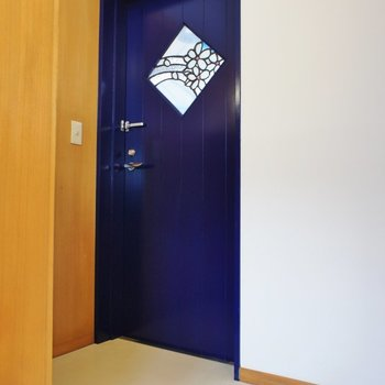 玄関の扉がかわいい