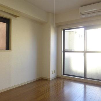 ふたつの窓は角部屋の特権!