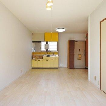キッチン黄色い!可愛い!※写真は前回募集時のものです