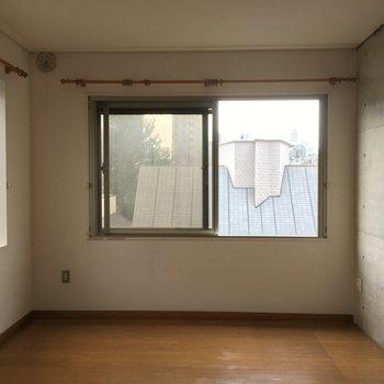 コンクリの壁がちょっとクールなスパイス。※写真は前回募集時のものです