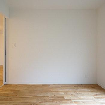 【約5.7帖】使い勝手の良さそうなお部屋です。※写真は前回募集時のものです