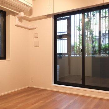 角部屋で嬉しい、窓の多さ