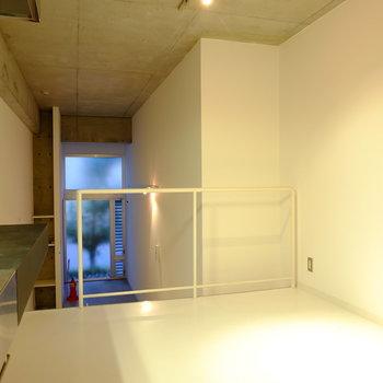 まずは2階。4.5帖のダイニングスペース。