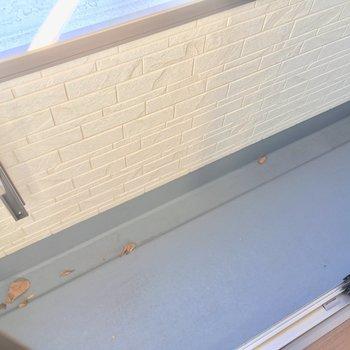 ややスリムながら十分なスペース※写真は2階の別部屋