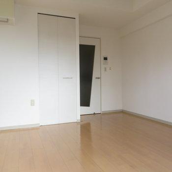 部屋自体は使いやすそうな(※写真は10階の同間取り別部屋のものです)