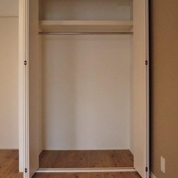 洋室にもしっかり収納あり。。※写真は前回撮影時のもの