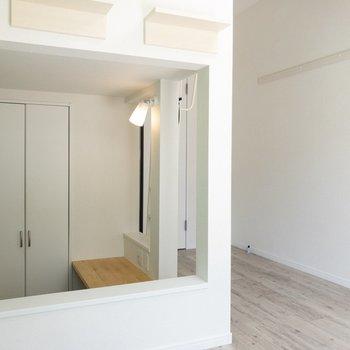 ロフトの下はスキップフロア※写真は1階の同間取り別部屋のものです