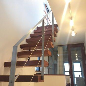 階段に魅せられて