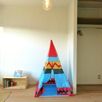床は子どもにも優しい無垢材。※間取り反転です!!