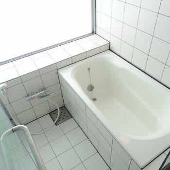 風呂場用遮光カーテンあります※写真は別部屋です