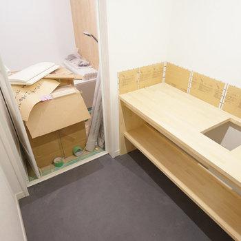 脱衣所には洗面台を!※写真は工事中です