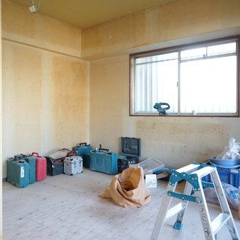 寝室も窓が◎※写真は工事中です