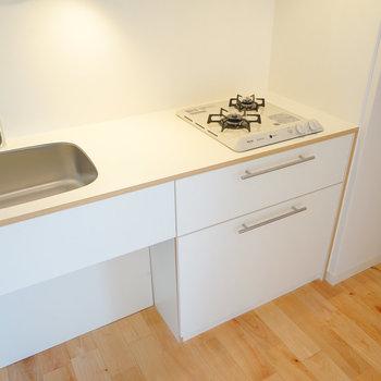 キッチンはTOMOSの2口ガス!※写真はイメージです