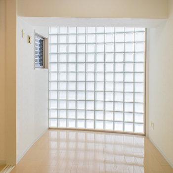 この採光は魅力!!※写真は6階の同間取り別部屋です。