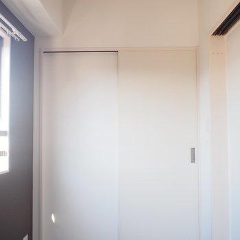角部屋だからこその寝室の窓が嬉しい!