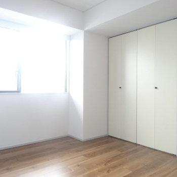 間取り図にはサービスルームとあります。※写真は3階の同間取り別部屋のものです。