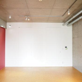 ドアを閉めると箱になります※写真は7階同間取り・別部屋のものです
