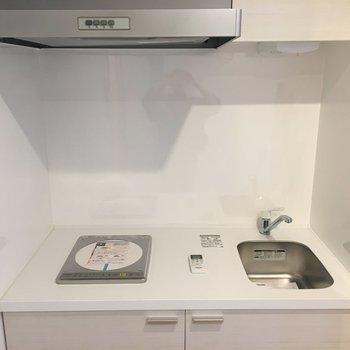 調理スペースも少しありますね!