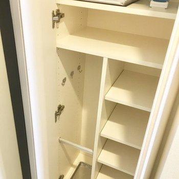 小さめながら靴収納も。※写真は4階の同間取り別部屋のものです