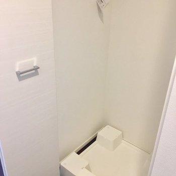 洗濯機は扉で隠して※写真は4階の同間取り別部屋のものです