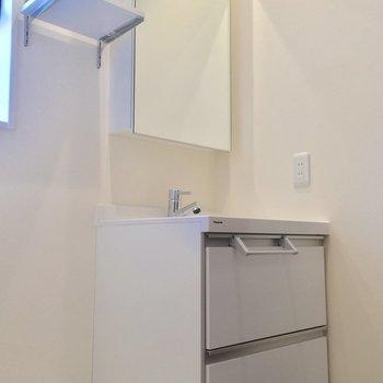 嬉しい独立洗面台!※写真は前回募集時のものです