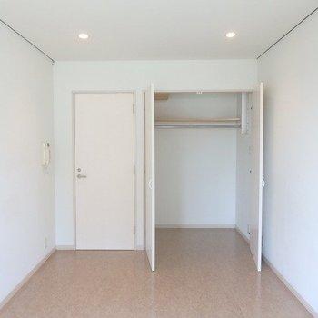 ベッドルームです。※写真は3階の同間取り別部屋です