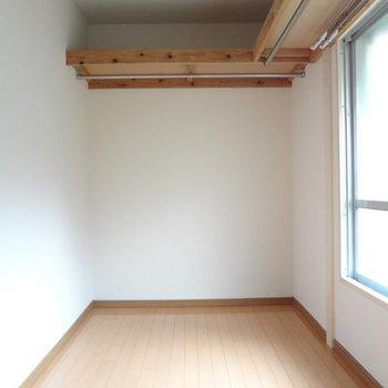 他にWICがあるんです!しかもめちゃめちゃ広い!※写真は別室です。