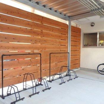 自転車置き場。