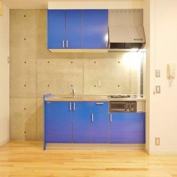 ブルーのデザインがgood。※写真は別室です。