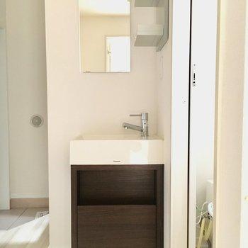 開放的な洗面台