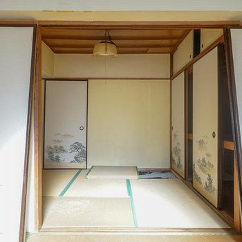 向こうの和室はWICに!※写真は工事前です