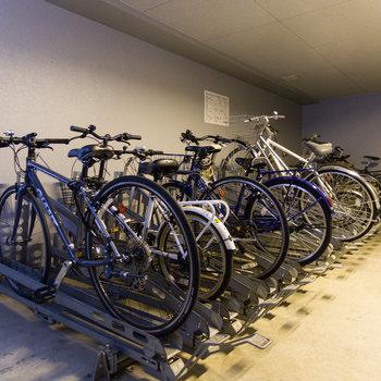 駐輪場は住民以外は入れない場所に。