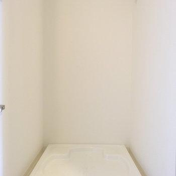 洗濯機置き場は隠せます。