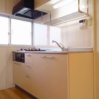 キッチンも新しくなりましたよ!