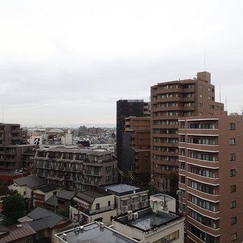 眺望はさすが9階!