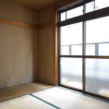 窓は大きく光が入ります※写真は工事前です