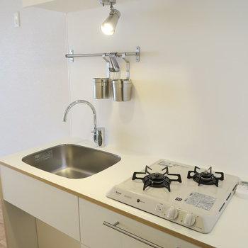 キッチンはTOMOSオリジナル2口♪※写真はイメージです