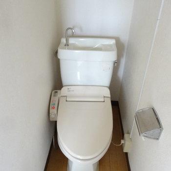 トイレはウォシュレットついています。