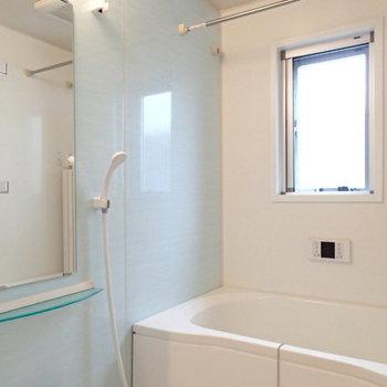 ブルーの清潔感。※写真は2階の反転間取り別部屋