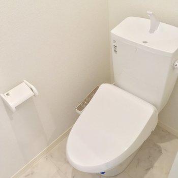 トイレもツヤピカでっす