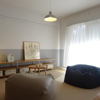 麻畳が肌に気持ちいい和室。