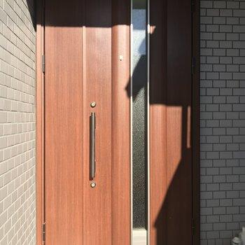 玄関ドア豪華