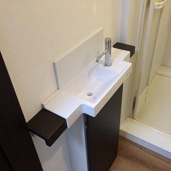 小さな洗面台※写真は前回募集時のものです
