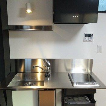 キッチンはシンプルでクール!※写真は前回募集時のものです