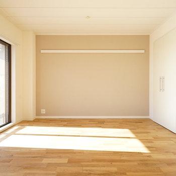 オークの床はどんな家具にも◎